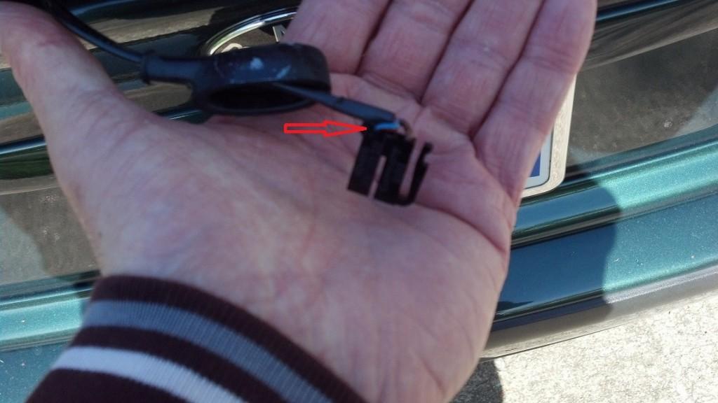 E36 spoiler brake light