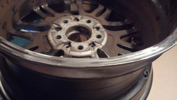 Repairing an E39 M5 Wheel