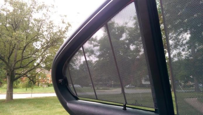 Rear Corner Sunshade Repair on an E39 M5